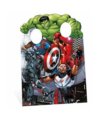 The Avengers make a picture opstelbord